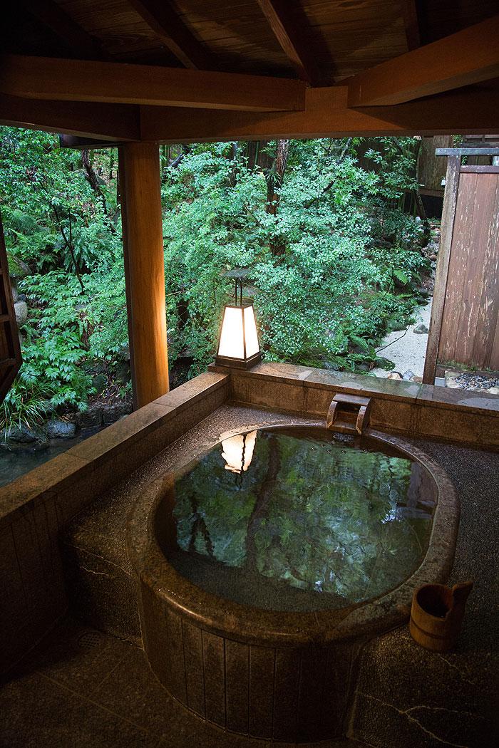 角屋旅館の無料貸切露天風呂